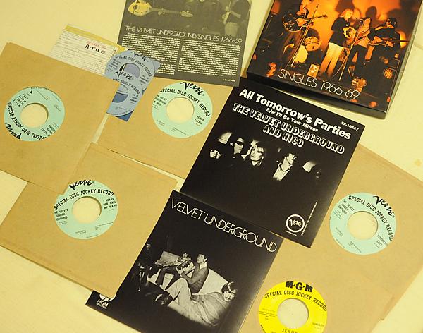 VELVET UNDERGROUND Singles 1966-69